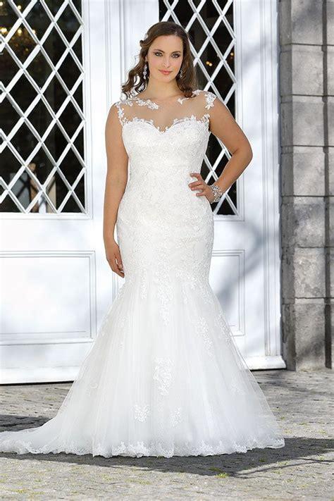 hochzeitskleid curvy 25 best ideas about curvy wedding dresses on pinterest