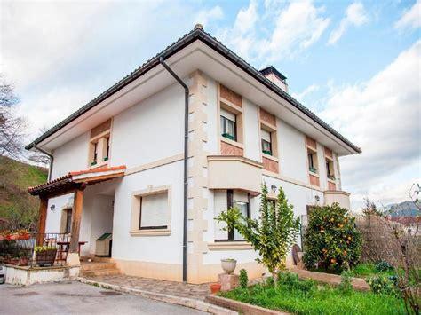venta de casas en vizcaya casa chalet en venta en arantzazu bizkaia disponibleya