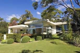 homes for in australia modern homes in australia facing the sydney harbour