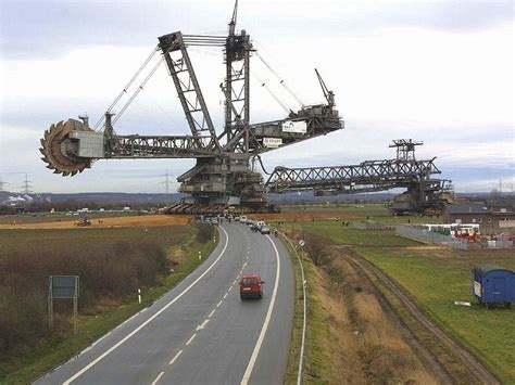 largest in the world largest earth mover in the world other robots
