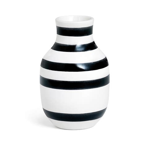 Omaggio Vase by Omaggio Vase Small Sort Ditte Reckweg And Schou