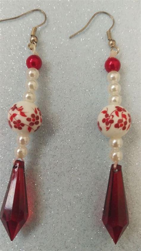 fiori fatti con perline oltre 25 fantastiche idee su fiori fatti a mano su
