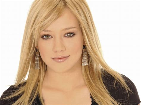 hilary duff hilary duff wallpaper 21055891 fanpop