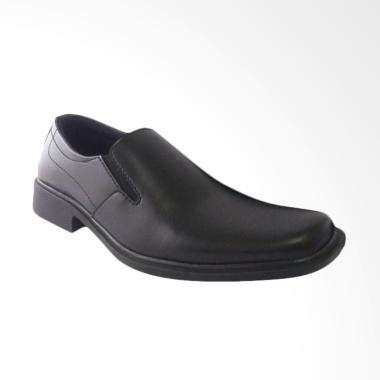 Sepatu Pantofel Pria Kickers Cincin Hitam Terbaru 1 jual sepatu pantofel terbaru harga promo diskon