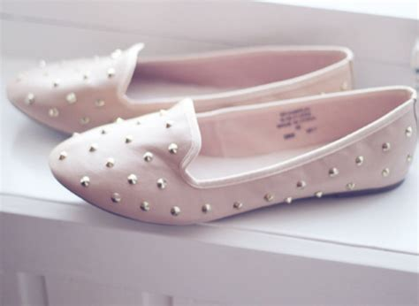 baby pink flat shoes shoes pink pink shoes studs studded pastel baby pink