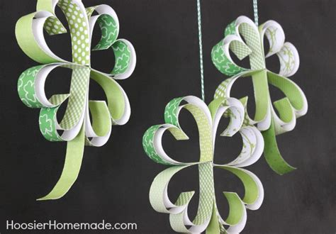 How To Make Paper Shamrocks - craftionary