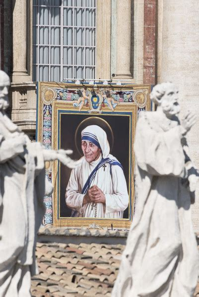 mother teresa biography vatican mother teresa in mother teresa is canonised by pope