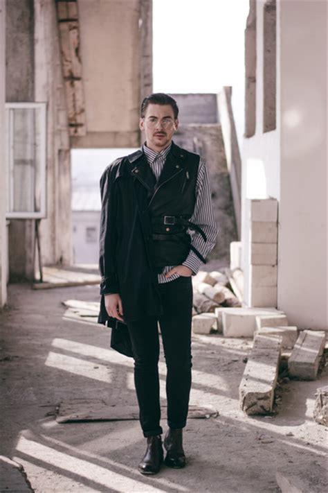 Pull N Shirt Brown s black zara coats brown h m shoes white