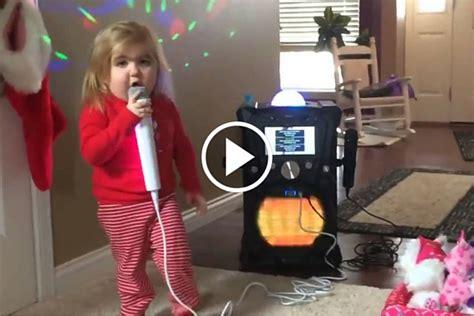 cute girl    karaoke  singing