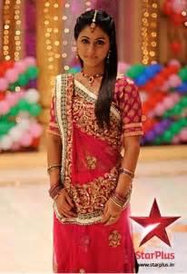Gujarati Saree Draping Steps Gujarati Bridal Saree Draping Styles Saree Guide