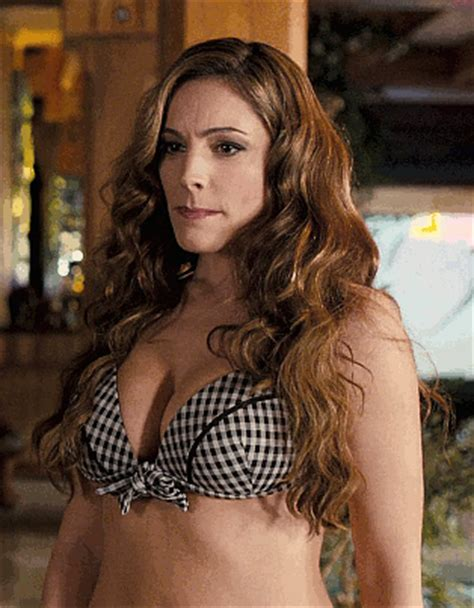 kelly brook shakes them : kellybrook