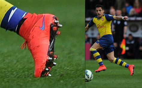 alexis sanchez debuts correct nike mercurial superfly cleat spotting week ending 12 april soccer365