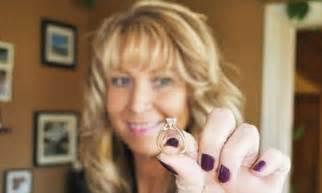nova scotia woman  reunited  diamond engagement ring