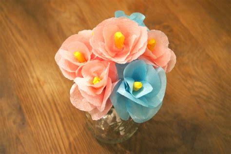 como hacer flores de papel crepe faciles y bonitas youtube atractivas flores de papel crep 233 imujer