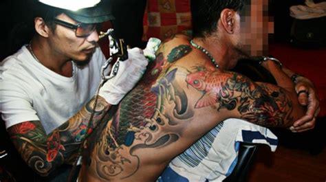 tattoo dragon studio ho chi minh les artistes tatoueurs de sa 239 gon le courrier du vietnam