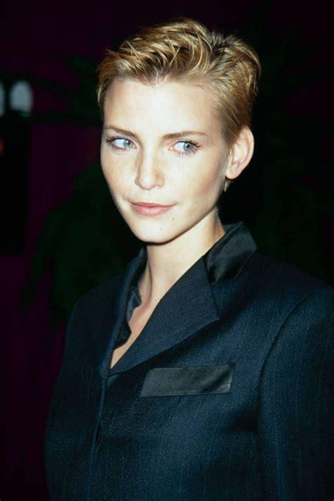harper bizzare hairstyle for those over 50 33 pixie cuts short hairstyles in 2014 we love harper