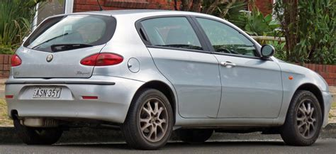 alfa romeo hatchback alfa romeo 147 hatchback amazing photo gallery some