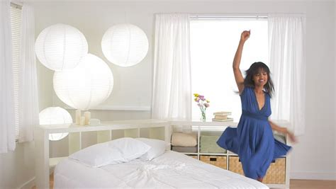 bedroom dancing 5 tips to get your mornings off to a great start in lagos