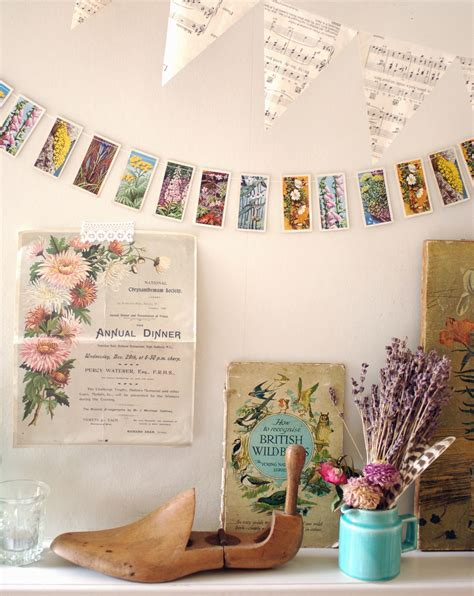 vintage diy crafts 15 minute make vintage cigarette card garland decorator