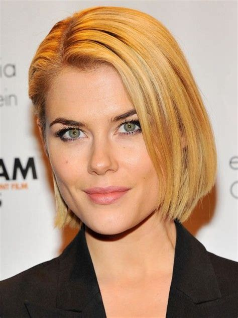 long straight hair behind one rar 43 best images about short hair styles on pinterest bobs