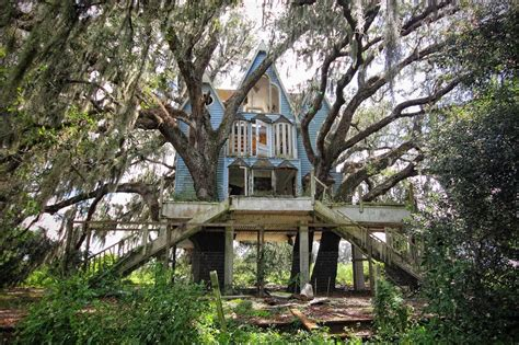 abandoned places florida the 40 most breathtaking abandoned places in the world