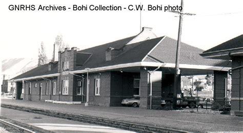 gnrhsbohi wenatchee wa gn depot july 1976 bohi photo