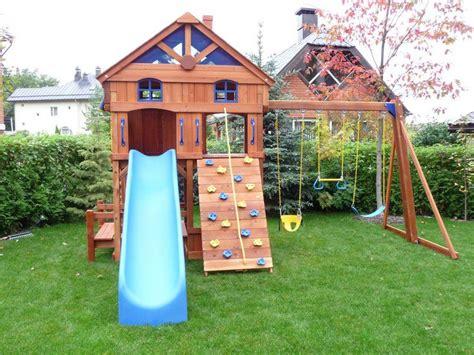 toboggan enfant jardin jeux d enfants dans le jardin cr 233 ez un espace adapt 233