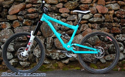 commencal supreme mini dh 2009 commencal supreme mini dh sick lines gallery