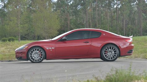 100 Maserati Burgundy Interior Maserati