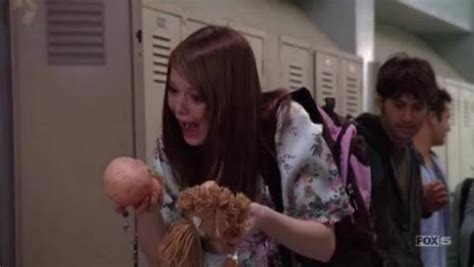 emma stone malcolm in the middle 7x16 lois strikes back malcolm in the middle vc