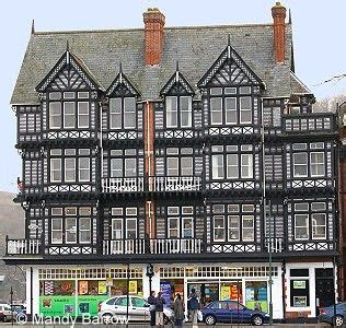 what s that house a guide to tudor homes porch advice 17 best images about tudor homes on pinterest angeles