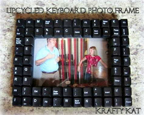 5 Ways To Reuse Picture Frames Diy Keyboard Computer Frame Upcycle This 7 Ways To
