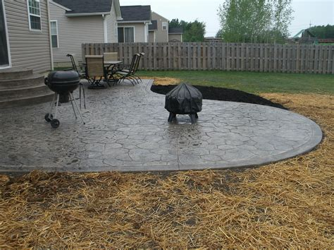 poured concrete patio