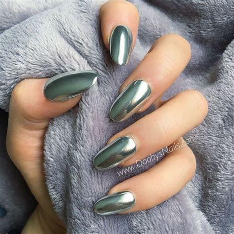 whays the latest in toe nail polish best 25 chrome nail polish ideas on pinterest metallic