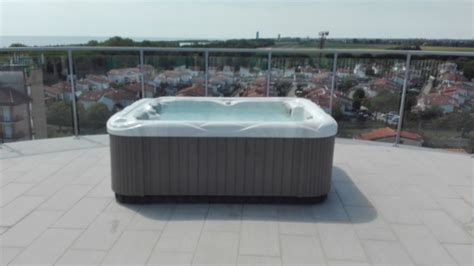 whirlpool dach quot whirlpool am dach quot hotel eraclea palace eraclea