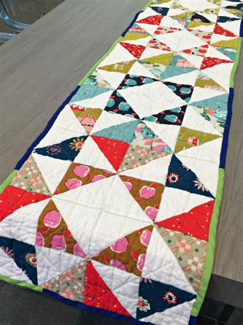 quilt pattern for table runner delightful table runner quilt pattern favecrafts com