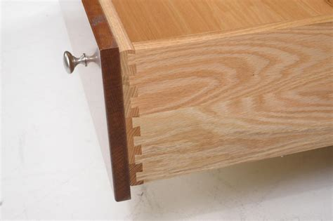 Dovetail Drawer Construction by Dovetailed Drawers Quot Really That Important Quot Amish Valley