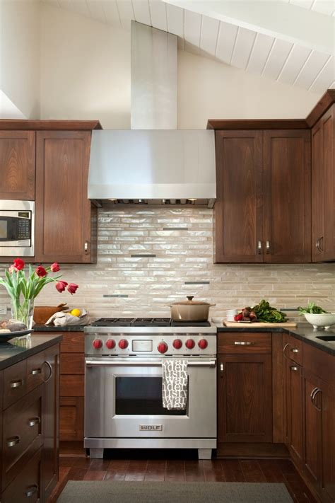 backsplash ideas kitchen with light