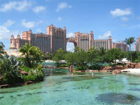 bahamas hotels tourism atlantis paradise island