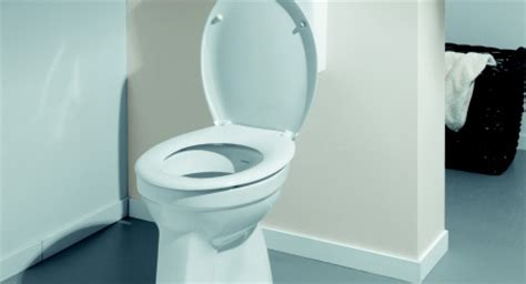 stortbak wc maken staand toilet plaatsen gamma