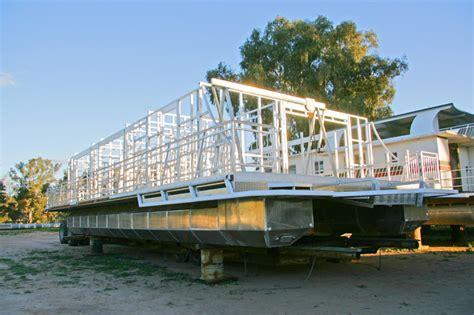 houseboat constructions all seasons houseboats - Houseboat Construction
