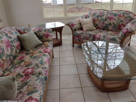wicker couch for sale sun room wicker furniture for sale green bay 54313