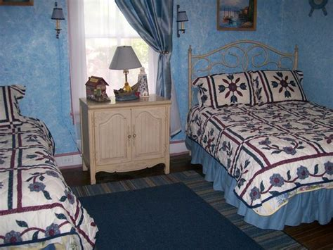 roanoke bed and breakfast twin magnolias bed and breakfast roanoke rapids nc
