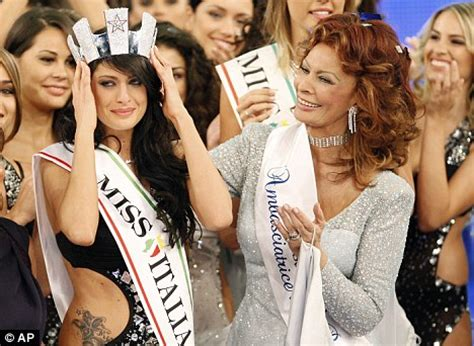 sophia loren returns to miss italy pageant 60 years after