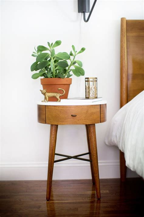 bedroom side table ideas best 25 small bedside tables ideas on pinterest bedside