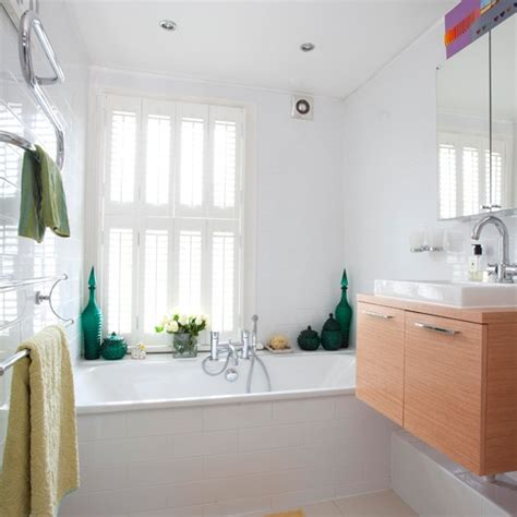 traditional white bathrooms white traditional bathroom housetohome co uk