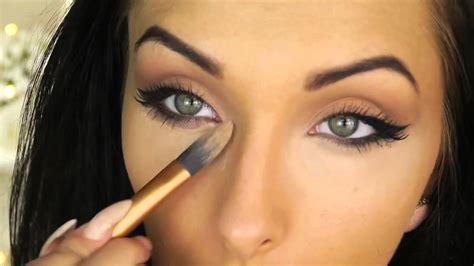eyeshadow tutorial for almond eyes angelina jolie inspired cat eye makeup tutorial round
