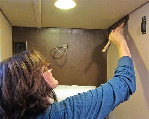 Kitchen Walls Ideas by How To Paint The Vinyl Walls In Your Rv Trek With Us