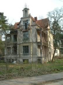 old abandoned buildings abandoned house old abandoned pinterest
