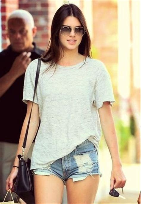 biography about kendall jenner kendall jenner favorite color perfume music food biography